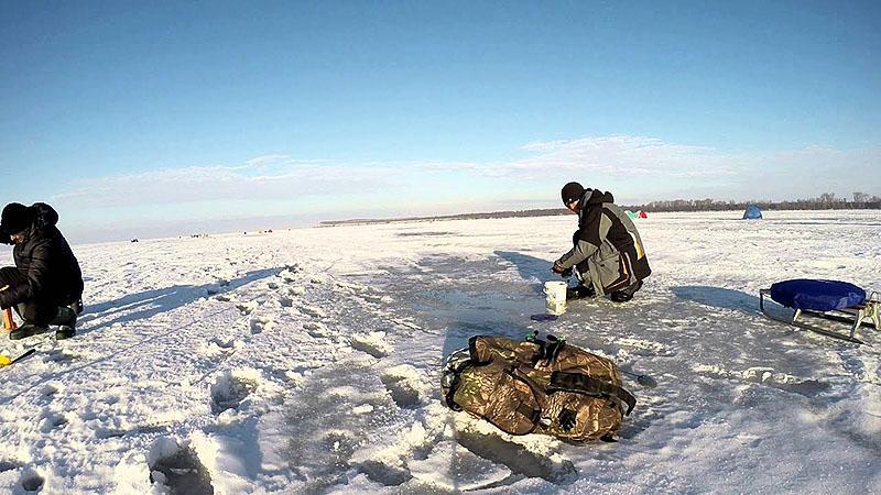 Поиск плотвы зимой